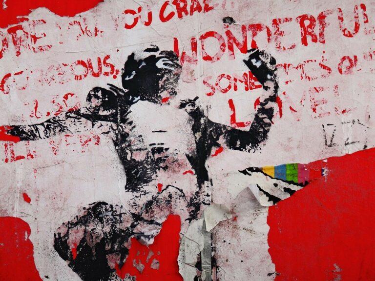 Poema: Grises líneas de arte urbano