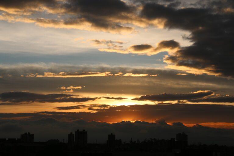 Poema: Sueños desde la otra orilla