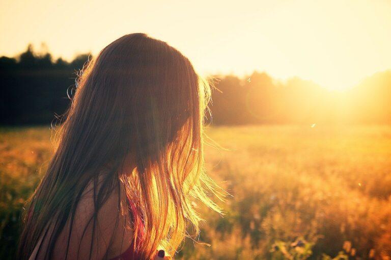 Poema: Perfume matinal